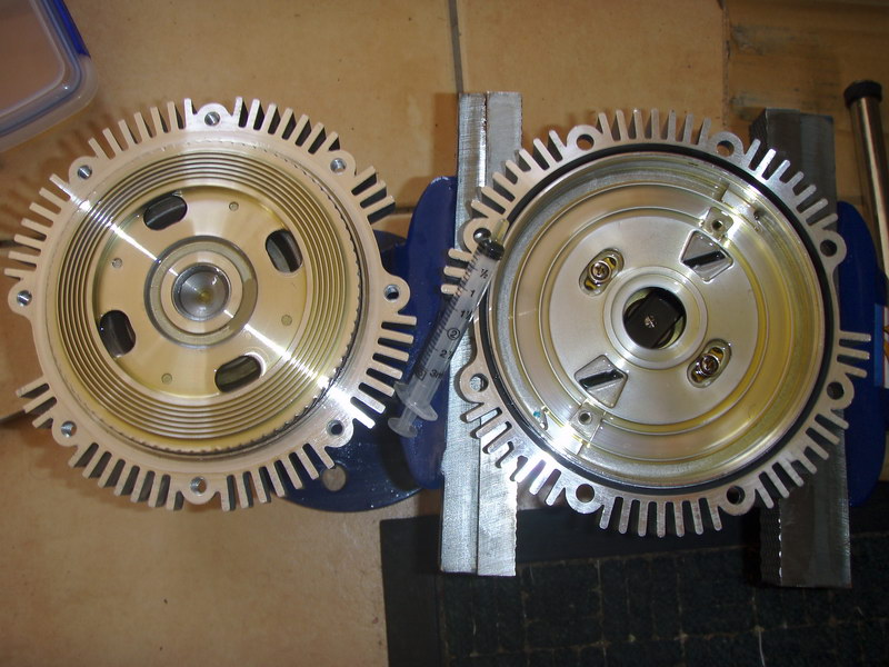 How To Top up your FAN CLUTCH and do the Blue Fan Clutch MOD